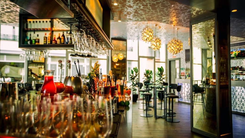 Hielo y Carbon Hotel Hyatt Centric Madrid Sala